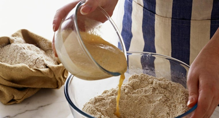 How Do You Dissolve Yeast in Warm Water?