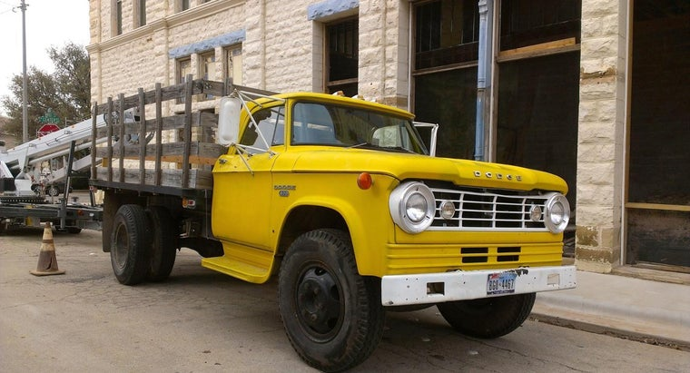 What Dodge Pickup Specifications Are Most Desirable for Moving Heavy Equipment?