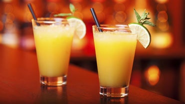 What Drink Is Made With Gin and Orange Juice?
