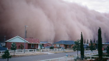 How Do Dust Storms Form?