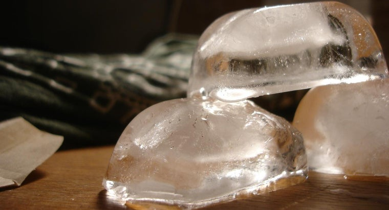 What Effect Does Eating Ice Have on the Body?