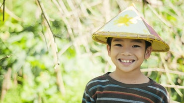 What Are Examples of Filipino Customs and Traditions?