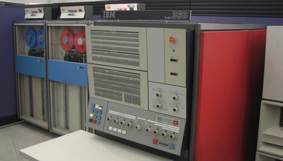 What Are Some Examples of Mainframe Computers?