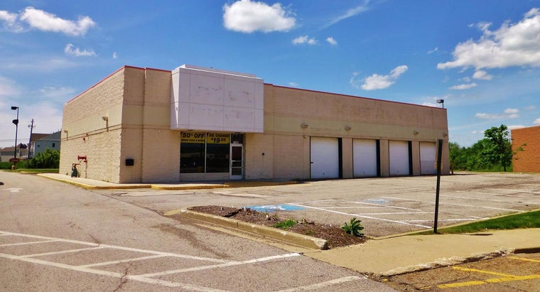 What Factors Could Lead to Kmart Closing a Store?