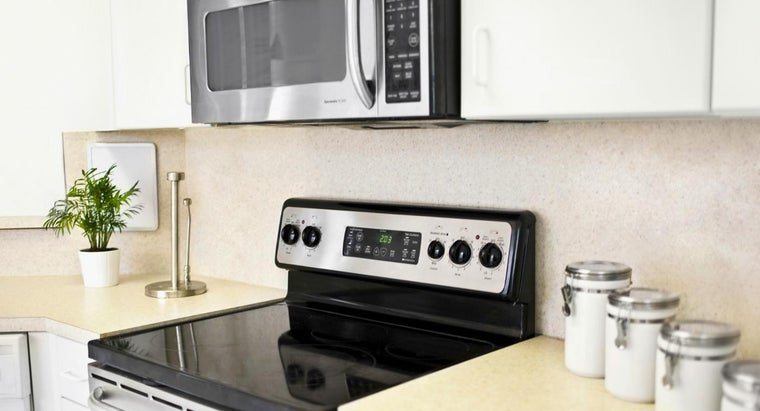 How Far Does an Under the Cabinet Microwave Have to Be From the Stove Top?