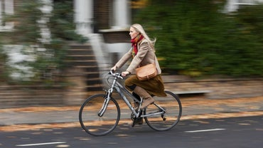 How Fast Does the Average Person Ride a Bike?