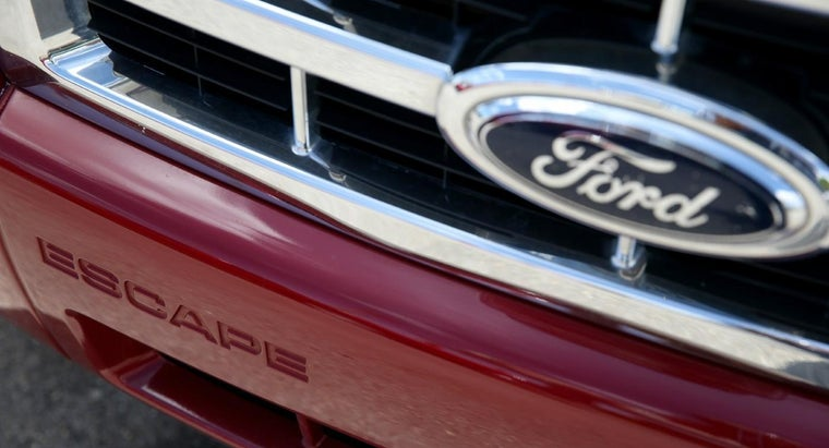 Is the Ford Edge or the Ford Escape a Bigger Vehicle?