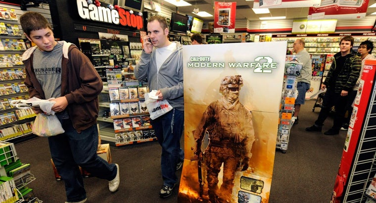 When Does GameStop Close?