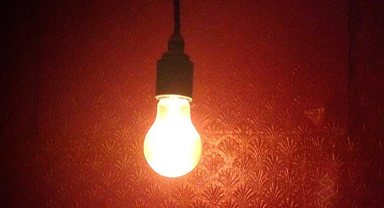 Which Gas Is Used in Light Bulbs?