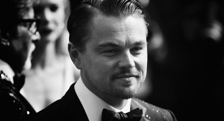How Is Gatsby Different From His Guests?