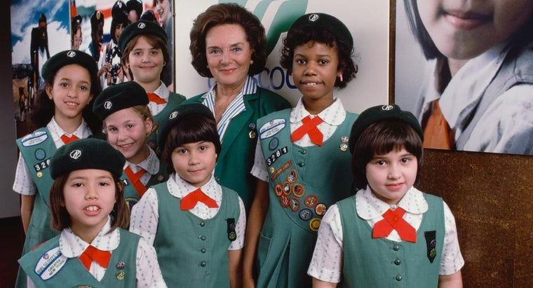 What Are Facts About Girl Scout Uniforms?