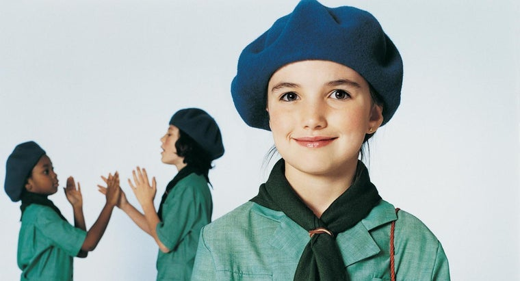 What Are Girl Scouts Called in Switzerland?