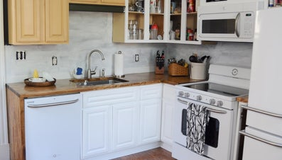What Are Some Good Ideas for Remodeling a Small Kitchen?