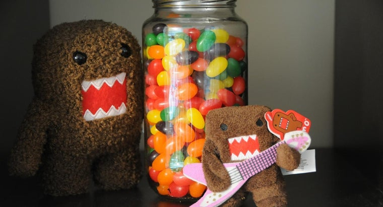 How Do You Guess How Many Jelly Beans Are in a Jar?