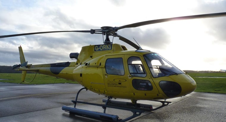 How Does a Gyroscope Function in a Helicopter?