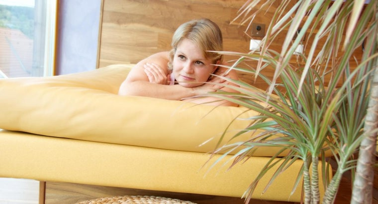 What Are Hardside Waterbed Frames?