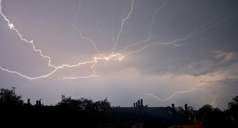 Why Do You Hear Thunder One or More Seconds After You See the Lightning?