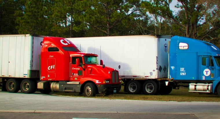 What Is the Height of a Tractor Trailer?