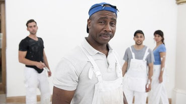 What Do House Painters Charge Per Hour?