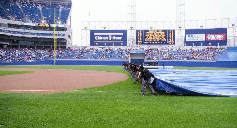 How Long Does a Baseball Rain Delay Last, Before the Game Must Be Called Off?