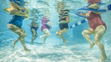 How Many Calories Are Burned by Doing Water Aerobics?