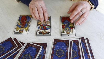 How Many Cards Are There in a Tarot Pack?