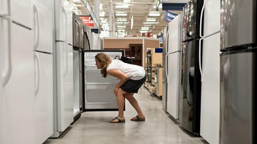 How Many Years Does a Refrigerator Last?