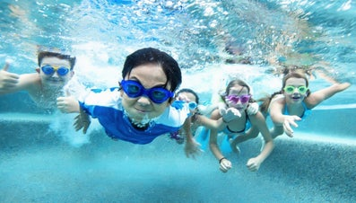 How Much Chlorine Do I Put in My Pool?
