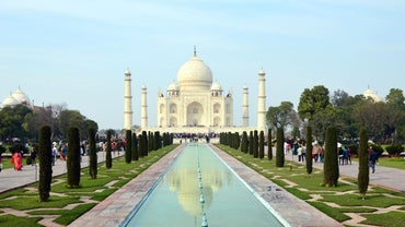 How Much Money Did the Taj Mahal Cost to Build?