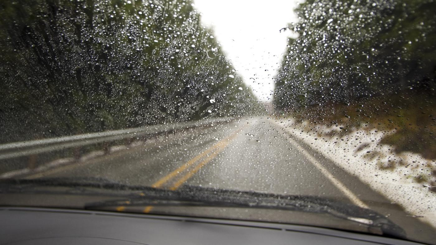 How Do You Keep Windshield Wipers From Icing Up?