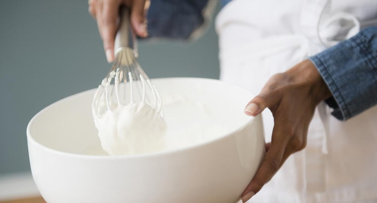 What Is a Recipe for Non-Dairy Whipped Topping?