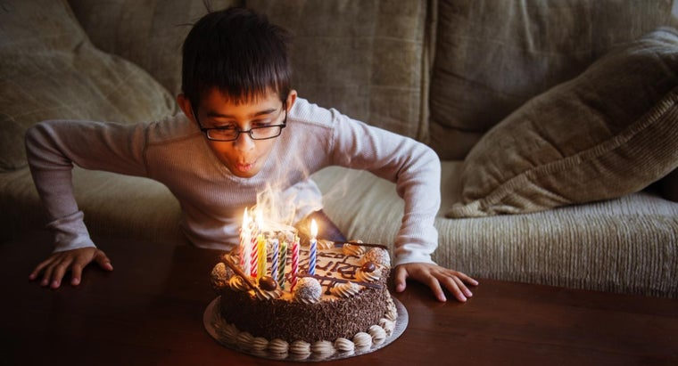 What Are Some Ideas for a 13-Year-Old's Birthday Party?