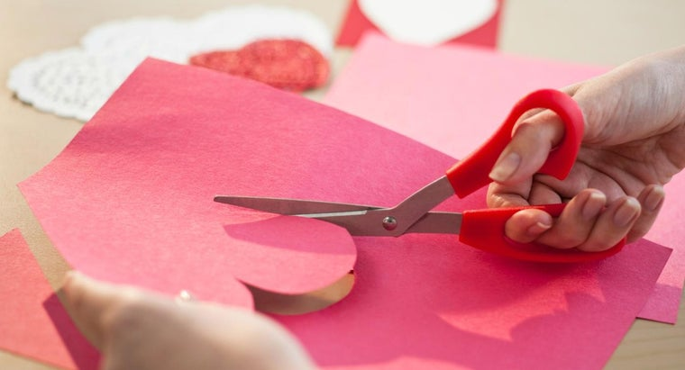 What Are Some Ideas for Homemade Valentine's Day Gifts?