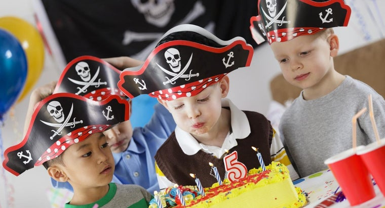 What Are Some Ideas for Pirate-Themed Birthday Parties?
