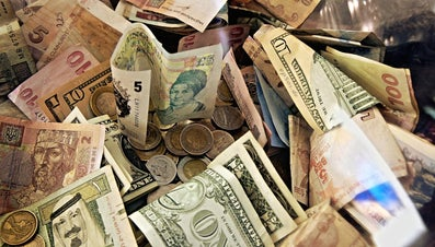 How Do You Identify Foreign Paper Money?