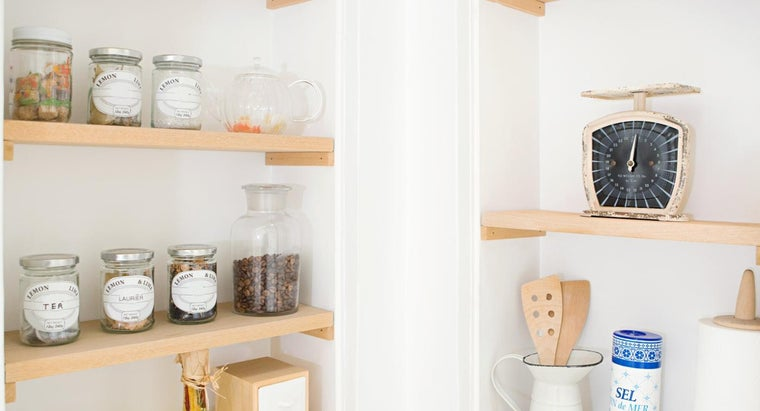 How Do I Install a Kitchen Shelf?