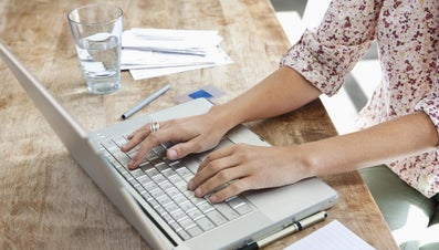 How Do You Introduce Yourself in a Cover Letter?