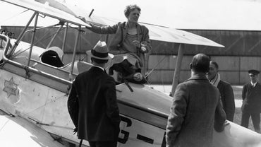 What Kind of Family Did Amelia Earhart Have?