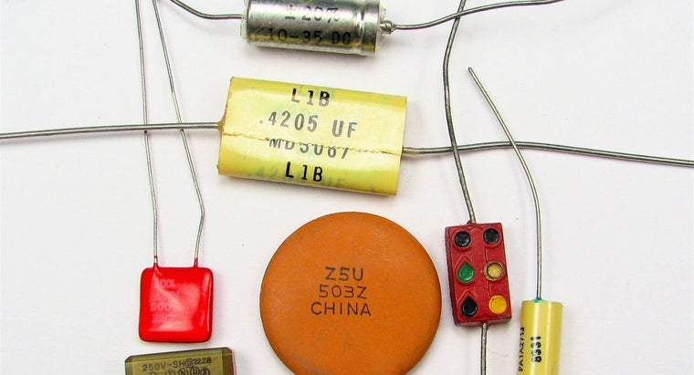 What Kinds of Devices Use Capacitors?