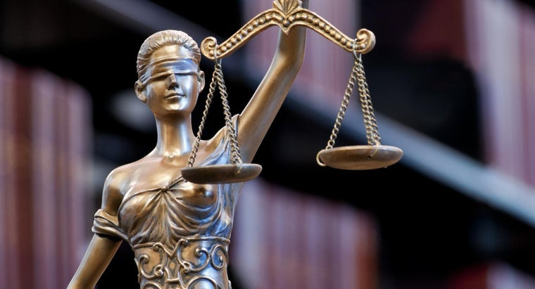 Why Is Lady Justice Blindfolded   7f40d3e640