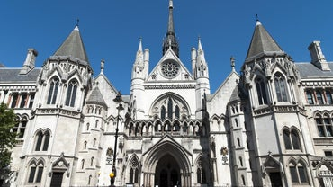 What Are Lay Magistrates in England and Wales?