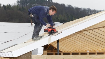 How Do You Lay Out Common Roof Rafters?