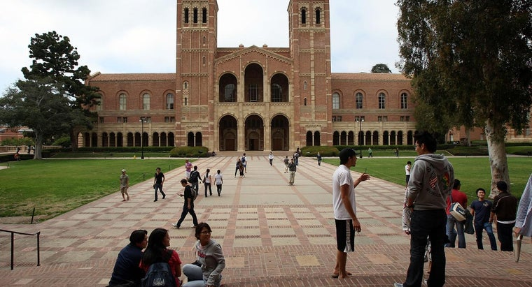 Where Do I Find a List of the Best Colleges in the USA?