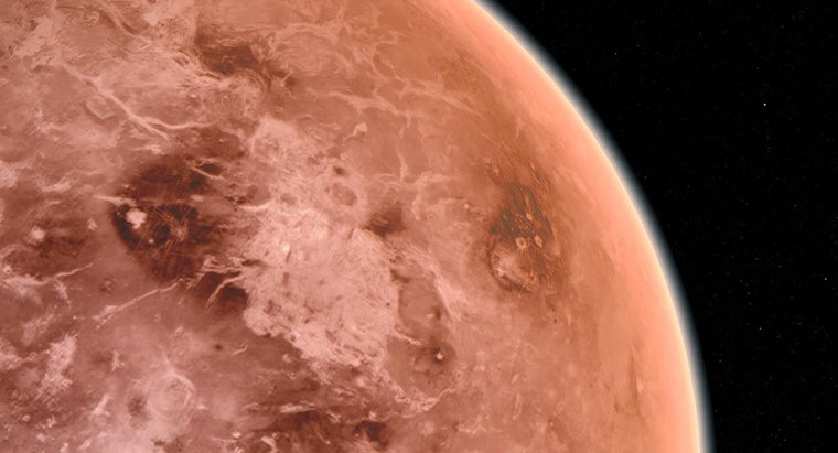 what is the high and low temperature of venus