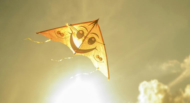 Who Made the First Kite?