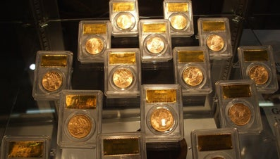 How Do You Make a Display Case for Coins?