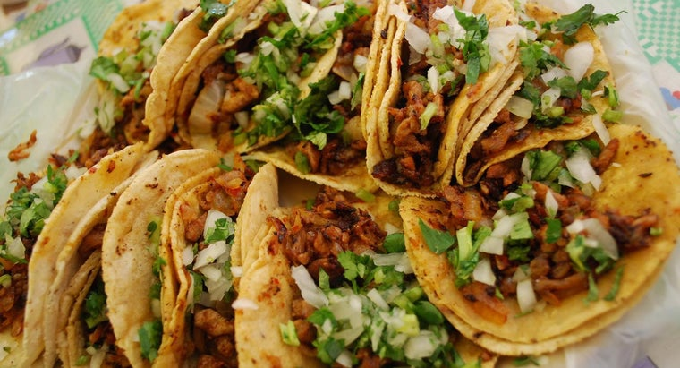 How Many Pounds of Meat Do You Need to Make Tacos for 20 People?