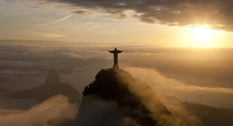 How Many Square Miles Is Brazil?