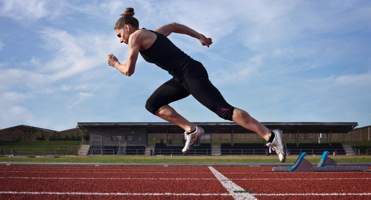 How Many Times Around a Standard Running Track Is a Mile?