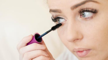 Does Mascara Expire?